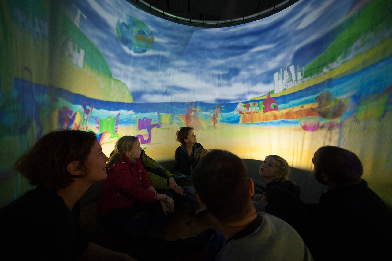 An Animation Theater Parcours